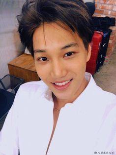 170125 EXO Vyrl Update: Kai on Esquire Behind the Scenes Photoshoot Exo Kai, Chanyeol Baekhyun, Kokobop Exo, Taemin, Shinee, K Pop, Park Hyung, Billy Elliot, Xiuchen