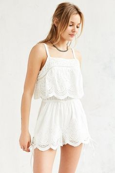 Shop MINKPINK Crescent Embroidered Overlay Romper at Urban Outfitters today. We carry all the latest styles, colors and brands for you to choose from right here. Summer Outfits For Teens, Dresses For Teens, Casual Dresses, Women's Dresses, Pretty Outfits, Cute Outfits, Pret A Porter Feminin, White Fashion, Passion For Fashion