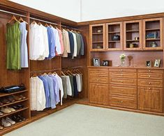 Closets by Design One closet organization system does not fit all. This info on manufacturers and product lines will help you on your storage quest, whatever your budget. Girls Bathroom Organization, Baby Closet Organization, Deep Closet, Master Closet, Master Bedroom, Best Closet Systems, Closet Hacks, Closet Ideas, Wardrobe Ideas