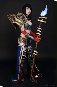 My Diablo III Wizard Cosplay. If you want to the the costume Progress please visit my site: [link] Diablo III Wizard Cosplay Halloween Cosplay, Cosplay Costumes, Halloween Costumes, Halloween Ideas, Diablo Cosplay, Lightning Cosplay, Amazon Queen, Warrior Princess, Medieval Fantasy