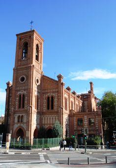 Pasión por Madrid: La Iglesia de Santa Cristina, de estilo neomudéjar, neoárabe o neoandalusí.