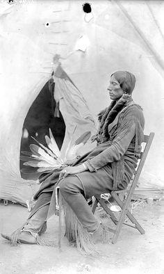 Куан Паркер, сын Fragrant Parker's. Команчи, 1892 год.