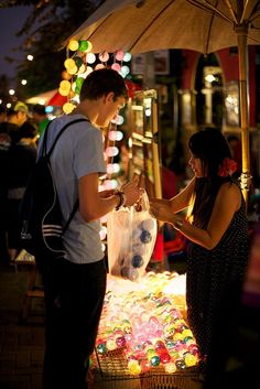#Shopping #Night_Market in #Thailand http://en.directrooms.com/hotels/country/1-1/