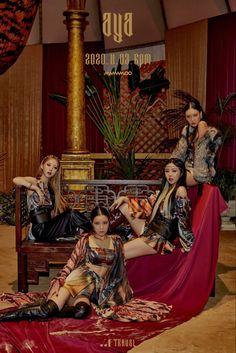 Kpop Girl Groups, Korean Girl Groups, Kpop Girls, K Pop, Mamamoo Moonbyul, Kpop Posters, Retro Posters, Music Wallpaper, Wallpaper Backgrounds