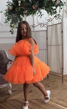Red Flower Girl Dresses, Bright Pink Dresses, Little Girl Dresses, Girls Dresses, Baby Dresses, Dress Girl, First Birthday Dresses, Birthday Girl Dress, Vestidos Neon
