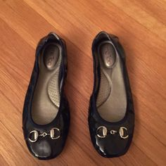 Me too blue flats Adorable flats in great condition!  Navy blue with silver hardware. All man made materials. me too Shoes Flats & Loafers