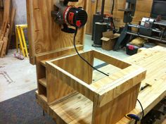 Flip-Top Router Table - by Don Broussard @ LumberJocks.com ~ woodworking community