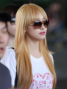 Victoria Song ,,, i envy her for having friendship with exo's tao :(( !! but i still love her