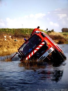 Tempête Xynthia Fire Department Accident | Sapeurs Pompiers de Charente-Maritime by Thibosco17, via Flickr