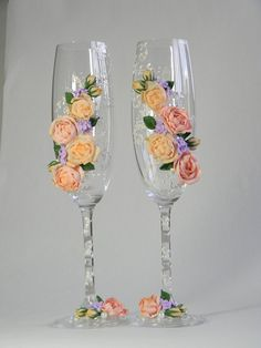 Wedding Champagne Glasses, Wedding supplies,Personalized wedding gift, Champagne Flutes,  toasting flutes, lilac, Powder Wedding Roses
