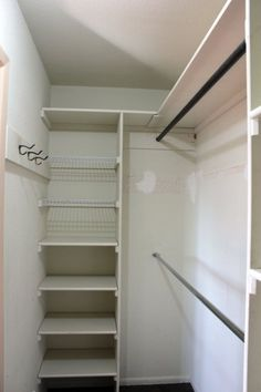 In Closet Organization Diy Layout Decor 16 Ideas - Claire C. In Closet Organization Diy Layout Decor 16 Ideas - Claire C. Closet com gavetas e prateleiras New DIY Wardrobes Design 75 best walk in closet ideas and picture your master bedroom 9 Small Master Closet, Walk In Closet Small, Walk In Closet Design, Tiny Closet, Bedroom Closet Design, Master Bedroom Closet, Closet Designs, Diy Bedroom, Corner Closet