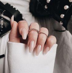 P I N T E R E S T : @pollnow2002 #nailpolish #neutrals Natural Acrylic Nails, Natural Nail Art, Neutral Gel Nails, Acrylic Nails Coffin Matte, Simple Acrylic Nails, Beige Nails, Simple Nails, Acrylic Nail Art, Blush Nails