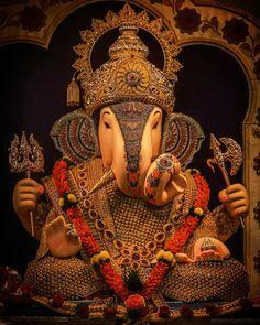 Jai Ganesh, Ganesh Lord, Shree Ganesh, Ganesha Art, Ganesh Statue, Lord Krishna, Shri Ganesh Images, Shiva Parvati Images, Ganesha Pictures