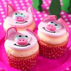 Pig cupcake idea for a farm party or Peppa Pig party, Piggy Cupcakes, Piggy Cake, Animal Cupcakes, Fondant Cupcakes, Yummy Cupcakes, Cupcake Cookies, Cupcake Wars, Cupcake Toppers, Peppa Pig