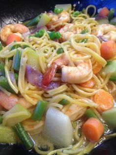 How to make Pancit Canton, Chinese Noodles Stir Fried with Shrimps and Vegetables on http://asianinamericamag.com