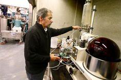 Centre de recherche industrielle du Québec: l'allié des PME Kitchen Aid Mixer, Kitchen Appliances, Kettle, Innovation, Industry Research, Research Centre, Diy Kitchen Appliances, Home Appliances, Tea Pot