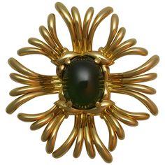 Verdura Green Zircon Gold Ray Brooch. Vintage ... 19249f60c8d