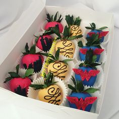 Wonder Woman themed chocolate covered strawberries