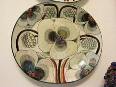 Birger Kaipiainen Platters designed with flowers & fruit in high relief by the Finn, who worked at Arabia (tableware) for fifty years. Pottery Plates, Ceramic Pottery, Pottery Art, China Painting, Ceramic Painting, Plant Illustration, Sgraffito, Ceramic Flowers, Ceramic Artists