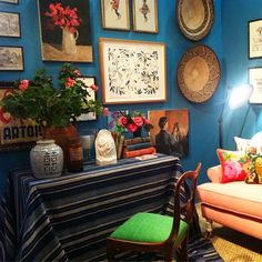 Black & Spiro's room in Design for Mirabel via Anna Spiro @annaspiro Instagram photos | Websta I love it !