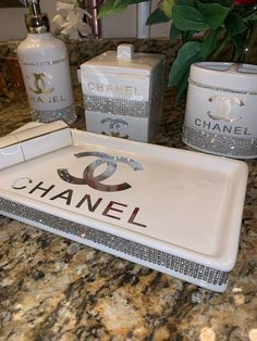 Chanel Bathroom Accessory Set Best Picture For makeup room ideas organization Modern Master Bathroom, Boho Bathroom, Bathroom Sets, Parisian Bathroom, Relaxing Bathroom, Bathroom Canvas, Master Bathrooms, Bathroom Design Layout, Modern Bathroom Design