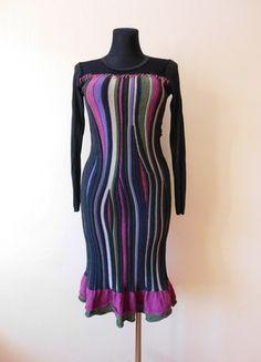 Kup mój przedmiot na #vintedpl http://www.vinted.pl/damska-odziez/krotkie-sukienki/11967188-evalinka-zimowa-wloska-sukienka-szara-kolorowa-siateczka-36-38