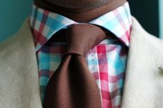 chocolate tie looks great with the colors on the shirt ( I'm going to try n make this happen)