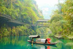 12-tägige Luxus-Rundreise inkl. Kreuzfahrt mit 11 Tage im 5-Sterne Hotel #Travador #China #orient #asian #boot #fluss #berge #travelwelt #worldplaces #kultur #chinesischarchitektur #peking #travadoral
