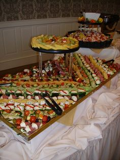 Wedding Reception Finger Foods | No matter why a couple may choose a wedding finger food reception , it ...