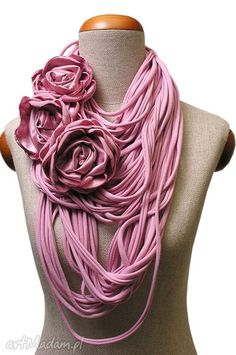T-shirt Floral scarf Yarn Necklace, Fabric Necklace, Scarf Jewelry, Textile Jewelry, Fabric Jewelry, Diy Jewelry, Handmade Jewelry, Jewelry Making, Handmade Scarves