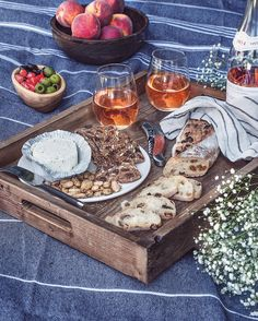 Take your wine and cheese party outdoors with a bottle of rosé, Boursin cheese and a few crackers. Or, just throw a blanket down inside and pretend like you're outside. Either way, yum. Wine And Cheese Party, Wine Cheese, Antipasti Platter, Antipasto, Outdoor Parties, Outdoor Entertaining, Boat Food, Boursin Cheese, Cocktail Party Food