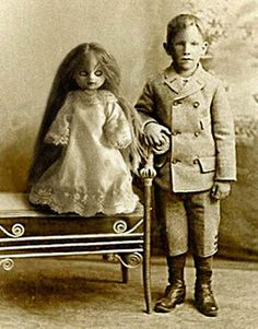 Kis and doll pictures - Yum...who says boys don't play with dolls?!