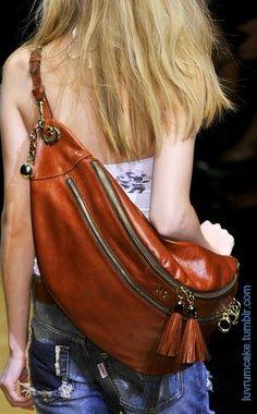 Dolce & Gabbana bag https://www.youtube.com/watch?v=d-rSUX7tVMw
