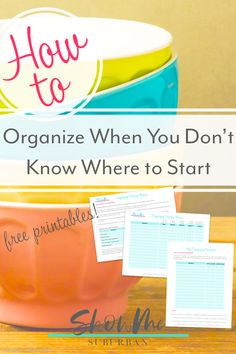Not sure where to start organizing your home? This simple process will help you prioritize your organizing projects and decide where to start. Includes tips, ideas, and free printables! Game Organization, Entryway Organization, Laundry Room Organization, Organized Entryway, Organized Bedroom, Organized Kitchen, How To Organize Your Closet, Declutter Your Home, Organizing Your Home