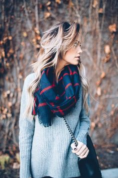 Gray sweater, navy and red scarf//