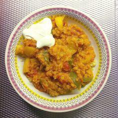 Linsgryta med grönsaker och curry