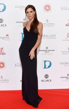Victoria Beckham en robe Victoria Beckham au gala Global Gift à Londres http://www.vogue.fr/mode/inspirations/diaporama/les-meilleurs-looks-de-la-semaine-dcembre-2015/24078#victoria-beckham-en-robe-victoria-beckham-au-gala-global-gift-londres