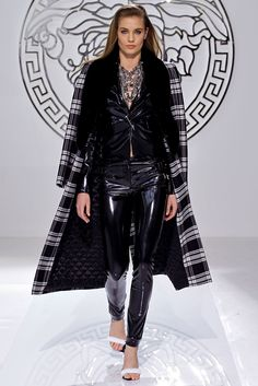 Versace Fall 2013 Ready-to-Wear - Collection - Gallery - Style.com