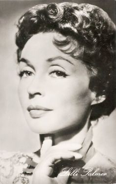 Lilli Palmer Mädchen In Uniform, Lilli Palmer, Actors & Actresses, Lily, Glamour, Statue, Celebrities, Crushes, Europe