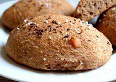 Recept na úžasné domácí dalamánky ze zákvasu, žitné a pšeničné chlebové mouky, otrub, špeku, vody, drceného kmínu a soli. Banana Bread, Hamburger, Muffin, Food And Drink, Cookies, Baking, Breakfast, Recipes, Crack Crackers