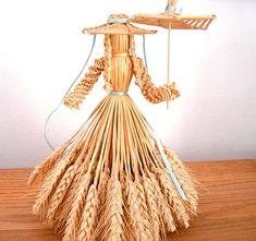 Louise Sanchez / Herbs Crafts Gifts: Our Friend Joyce Banbury & Wheat Weaving