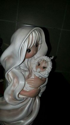 Una madre e il suo bambino... Dolcezza infinita Nuvole di Panna