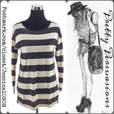ZARA Long Sleeve Striped Black & White Top Zara Striped Long Sleeve Top  Size: Small Measurements available upon request   Features  • soft material  • relaxed, easy fit • pull over design    Bundle discounts available  No pp or trades Zara Tops