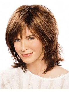 Hair Beauty - -Sexy Edgy Modern Shag Wig With Piecey Razor-Cut Layers shorthairedgy Short Thin Hair, Short Hair Styles Easy, Short Hair Updo, Short Hair With Layers, Curly Hair Styles, Wavy Hair, Haircuts For Medium Hair, Hairstyles Over 50, Medium Hair Cuts