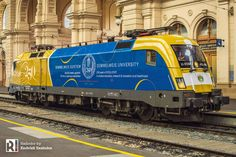 [HU] Werbelok alert: 470 006 becomes 'Semmelweis – Railcolor News University Logo, Great Pictures, Locomotive, Hungary, Budapest, Taurus, New Outfits, Diesel, Windmill
