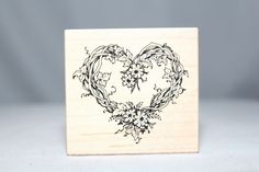 Vine Wreath F-057 1992 Vintage USA PSX Wood & Foam Backed Rubber Stamp         http://autopartspuller.com/ Great Sale 50% off entire store!! Copper, Glassware, Wood Crafts, Scrap Booking   Also Find us on:  http://hometownvintage.com http://autopartspuller.com @HomeTownVintage @autopartspuller @preppershowto http://facebook.com/hometownvtg http://facebook.com/AutoPartsPuller