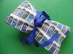 Reusable Fabric Gift Bags - a free tutorial from Shiny Happy World