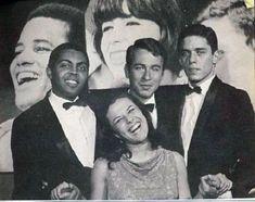 Carmen Miranda, Photografy Art, Brazil Music, Extraordinary People, World Music, Camden, Music Artists, Dj, Blues