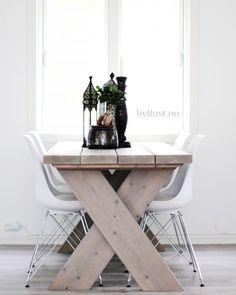 Spisebord No.1 fra by Rust