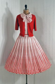 Vintage L'Aiglon Designer-Couture Red Polka-Dots Rockabilly Bow-Tie Bombshell Circle-Skirt Wedding Party Cocktail Sun Dress with Matching Sweater Moda Vintage, Vintage Wear, Vintage Looks, Vintage Dresses, Vintage Outfits, Vintage Style, Vintage Clothing, 1950s Dresses, 1950s Style